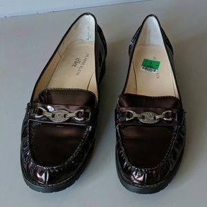 AK ANNE KLEIN Patent Leather SHOES